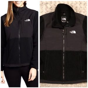 Women's North Face Denali Jacket paid $185 Size M